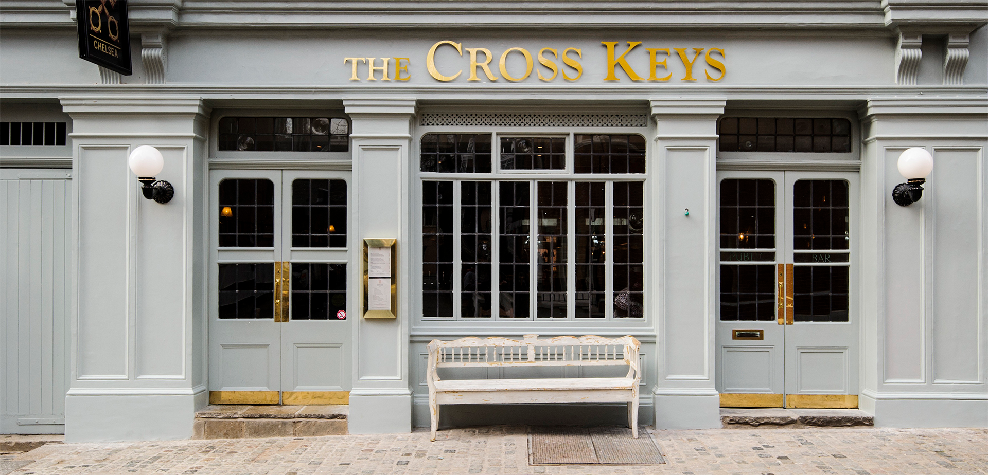 Cross Keys Pub in Chelsea